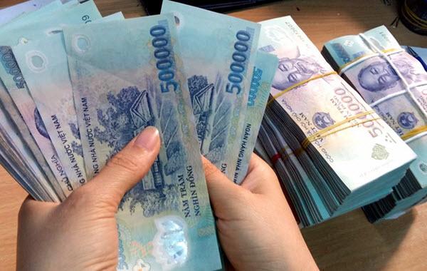 Vay tiền Techcombank, 300 triệu, Apr 19%, 48 tháng; 48h giải ngân