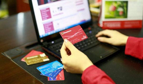 Vay tiền qua thẻ ATM Agribank